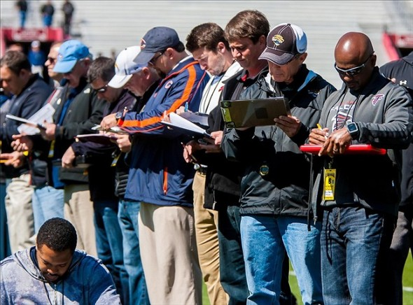 nfl-scouts