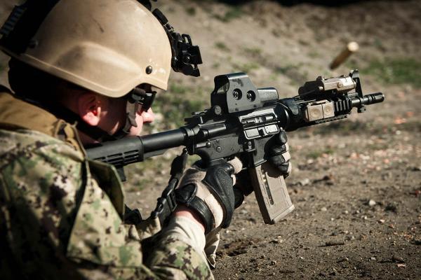 m4-carbine-009-ts600.jpg