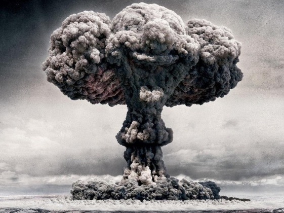 end-world-survival-guide-staying-alive-during-nuclear-holocaust.w1456.jpg