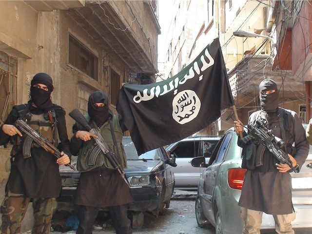 islamic-state-militants-black-flag-syria-ap-640x480.jpg