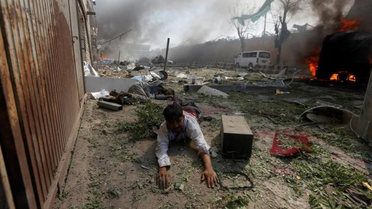 blast-wounded-kabul-lies-site-afghanistan-ground_7314a432-45cd-11e7-9f7a-23d54b55bc46.jpg