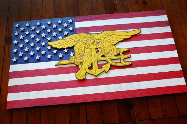 USA-Navy-Seal-Wood-Flag-2